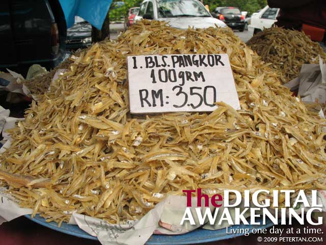 Pulau Pangkor dried anchovies - ikan bilis kasar Pangkor