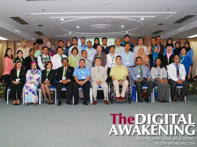 Group photo with participants at SOCSO Disability Equality Training Workshop - Return To Work Program - Job Coach Seminar