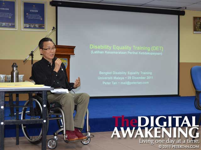 Peter Tan conducting Disability Equality Training (DET) Workshop at Universiti Malaya