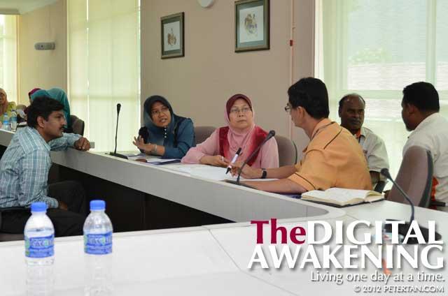 Action plan making at the USM DET workshop