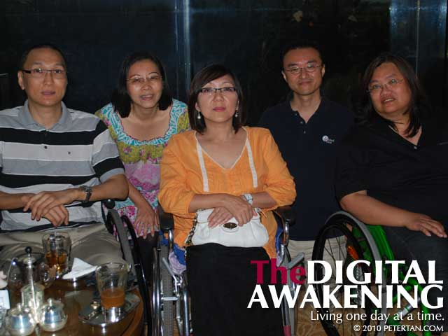 Peter Tan, Wuan, Christine Lee, Dr. Kenji Kuno and Eleanor Lisney