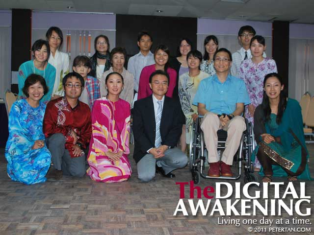 Group photo with JOCV members after the Disability Equality Training (DET) Workshop