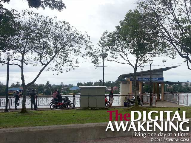 Promenade along Santubong River at Kuching