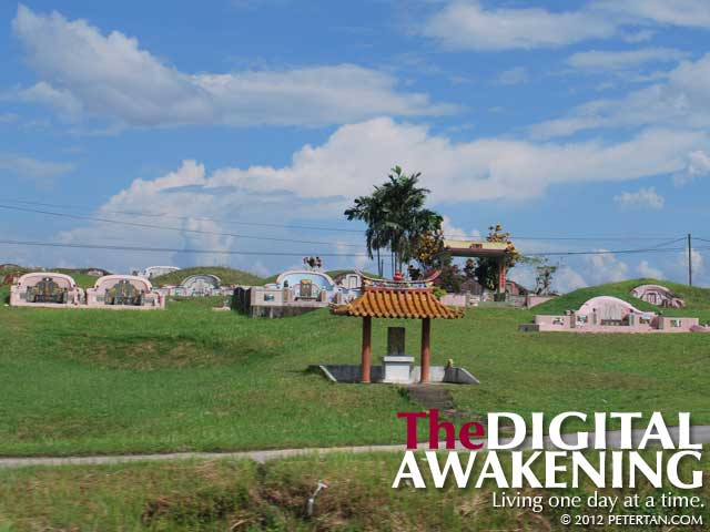 Cemetery along the way to the Kuching International Airport