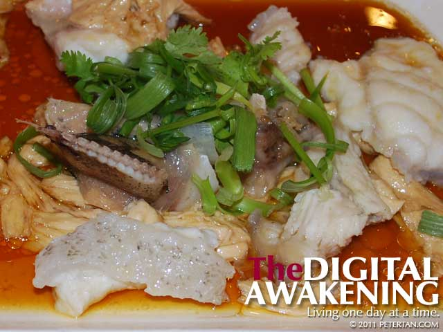 New She Lai Ton Restaurant steamed fish with tau kan